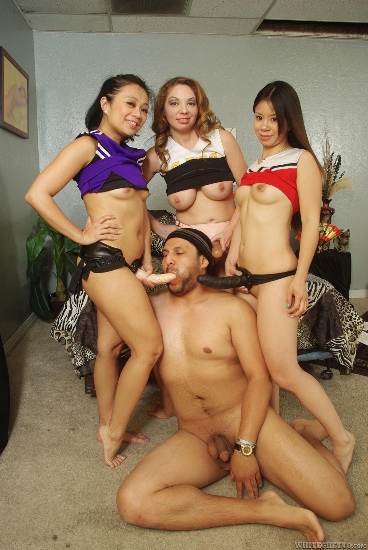 Pornhub kiki apartment gang bang, girls kissing hard core sexy